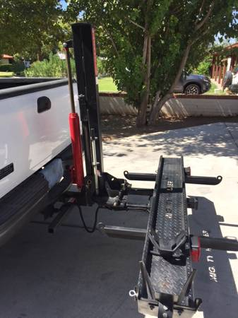Mighty Hauler RV Motorcycle Carrier Lift 750 Phoenix